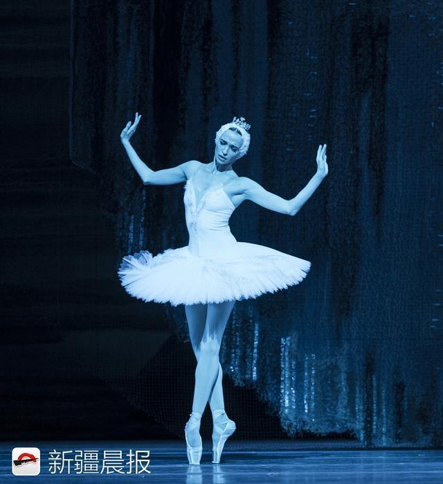 两位世界顶级芭蕾舞大咖为新疆观众首次合作《舞姬》