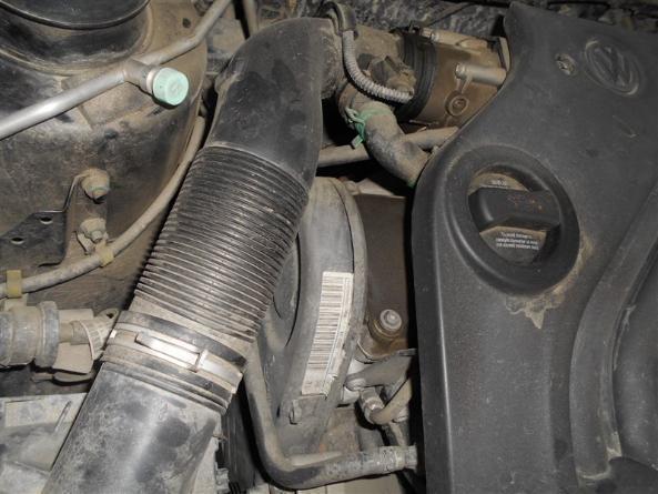 发动机舱有油污要不要清洗 在这些地方就要警惕了!