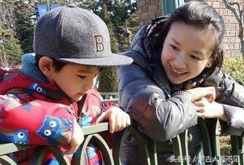 董洁带顶顶看望爷爷奶奶,潘粤明:对她还有爱,两人疑似要复合?