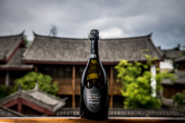 访彩云之南,享天人合一 唐培里侬2002年份香槟的第二个焕臻时刻