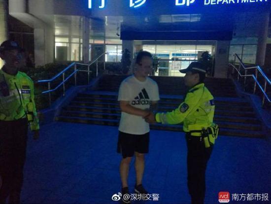 临盆孕妇被堵路上 交警高峰期亮绿灯一路护送 - 周公乐 - xinhua8848 的博客