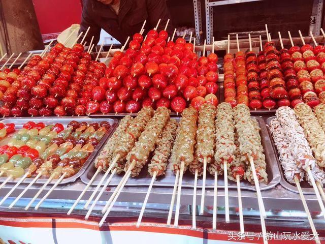 西安回民街是西安著名的美食文化街区,是西安