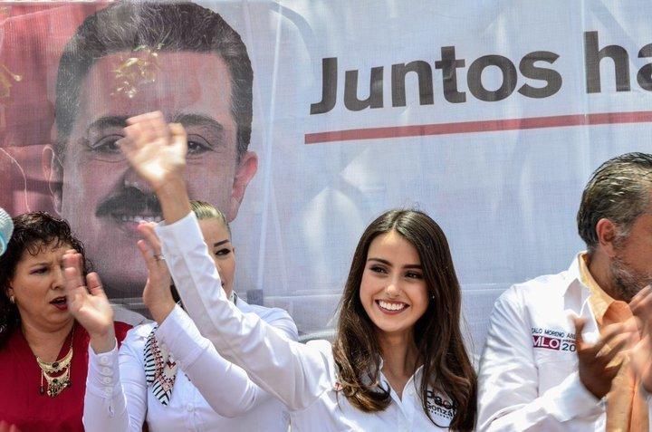 18岁墨西哥少女竞选市长 长相甜美精通多门外语