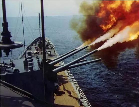 如此可怕!超级战列舰竟用6000枚炮弹轰了一个国家!